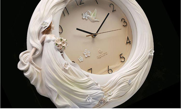 đồng hồ treo tường tại Bình Dương