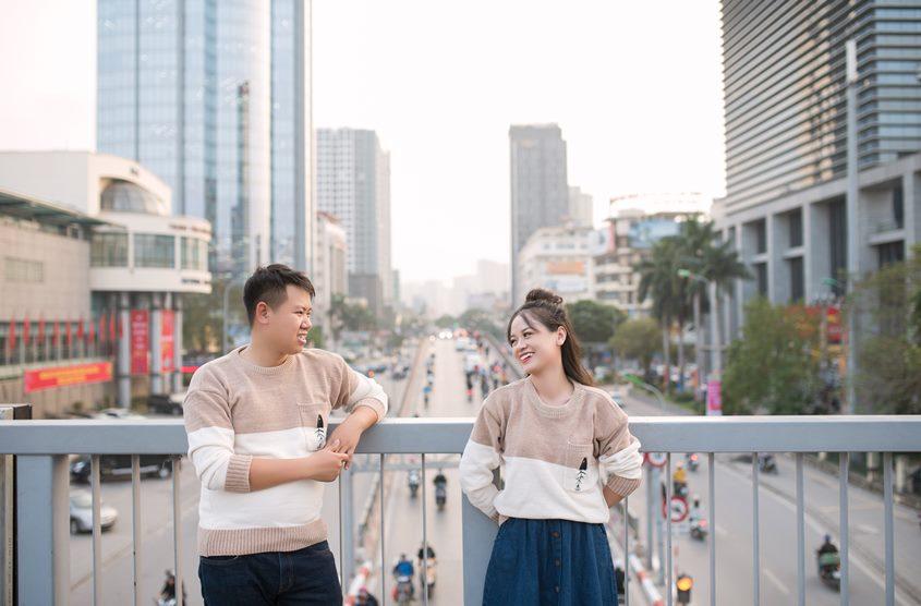 Chụp ảnh cưới phong cách đường phố kết hợp phim trường: cặp Hoàng - Chi