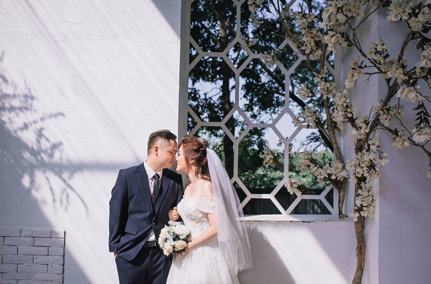 Chụp ảnh cưới phim trường hay ngoại cảnh? Tham khảo cặp Khánh - Hòa