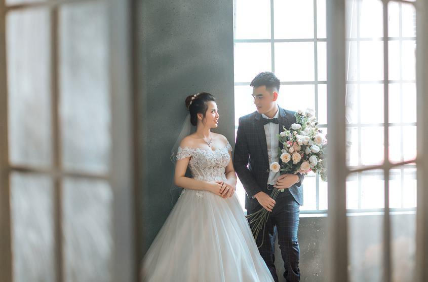 Trọn gói chụp ảnh cưới tặng ảnh phóng tại phim trường Rosa Hà Nội