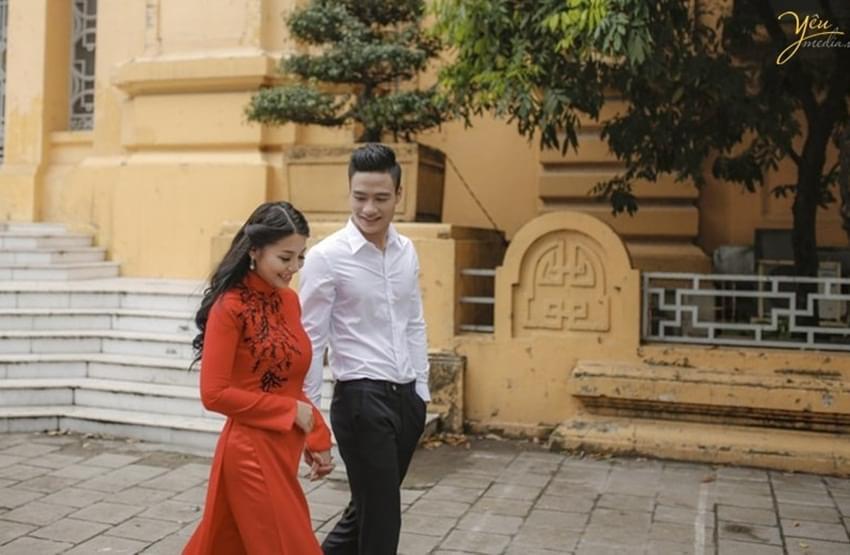 chụp ảnh cưới với áo dài