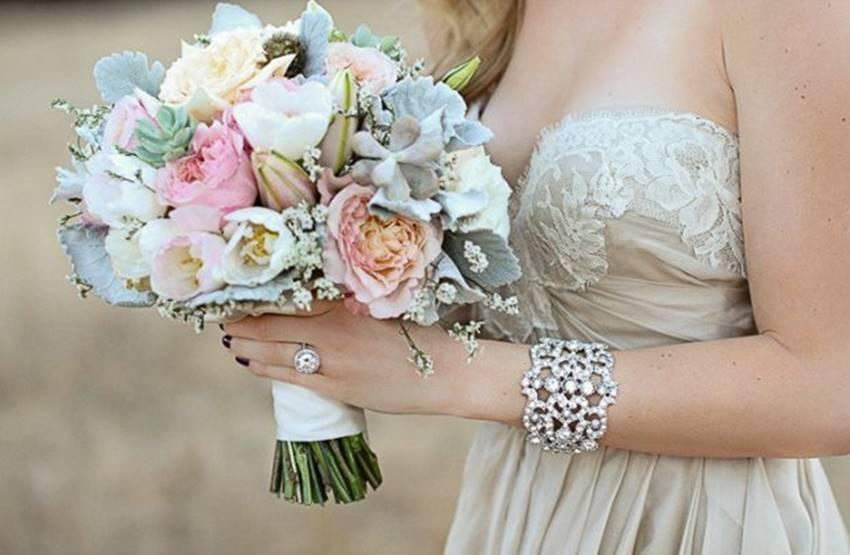 5 lưu ý trong chọn hoa cưới và giữ hoa cưới tươi lâu