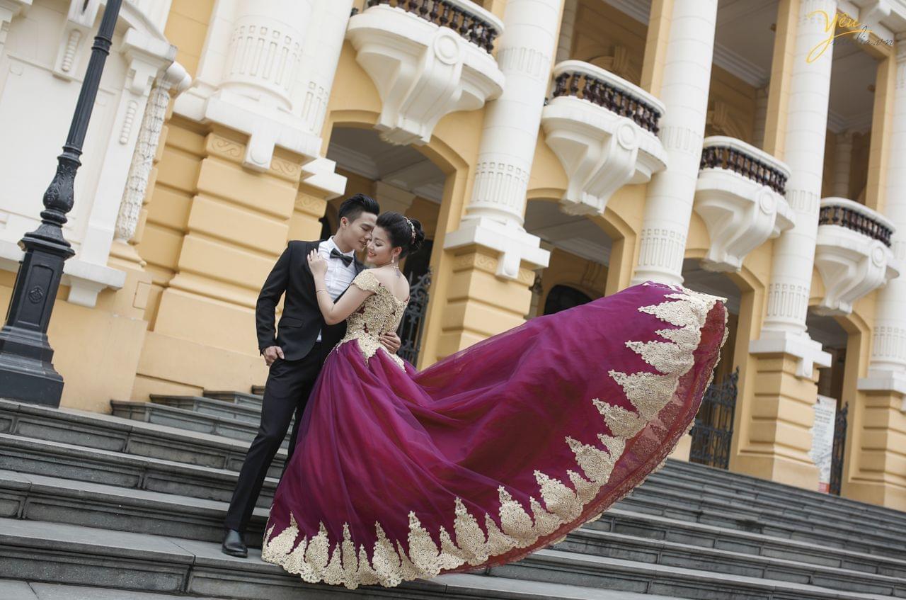 ảnh cưới trang phục dạ hội chụp tại nhà hát lớn hà nội