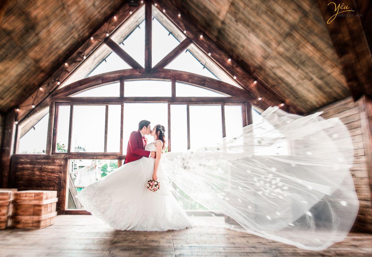 ảnh cưới đẹp chụp phong cách sang trọng tại smiley ville