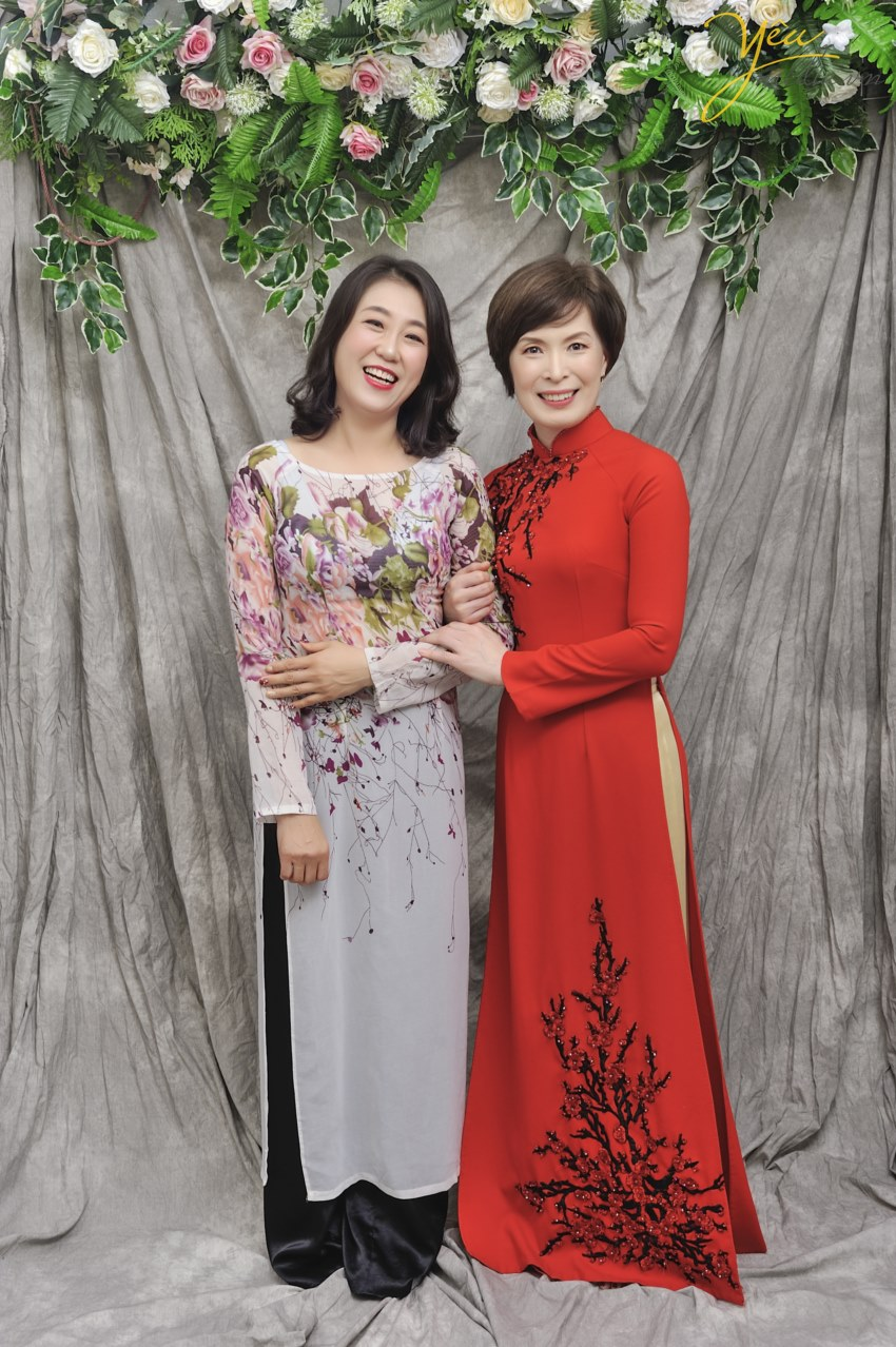 rent vietnamese dress tradition in hanoi for rend lease