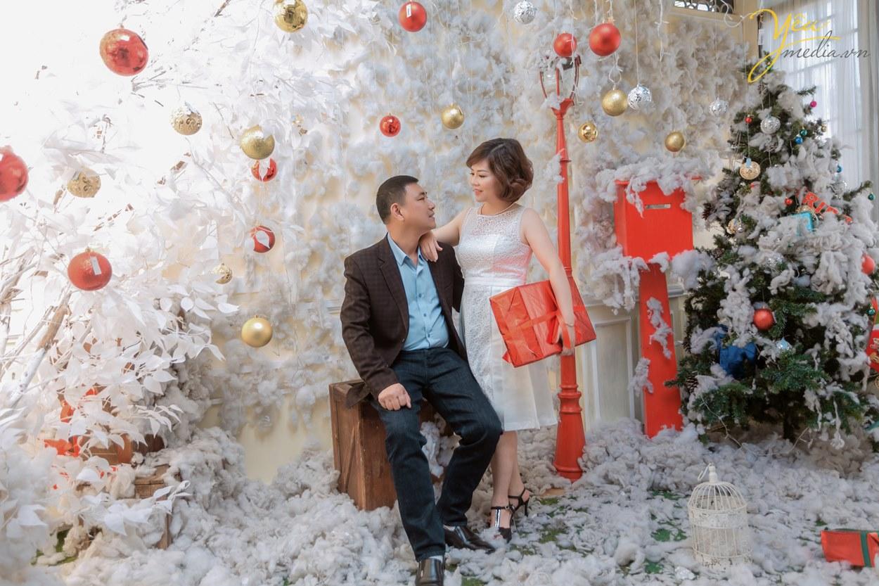 cách tạo dáng đẹp nhất của hai vợ chồng khi chụp hình