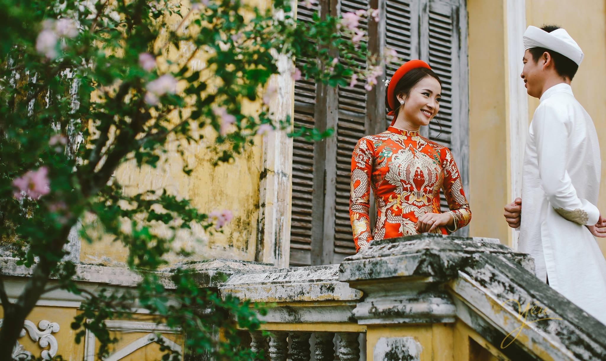 ảnh cưới cổ truyền cô dâu chú rể mặc áo dài truyền thống
