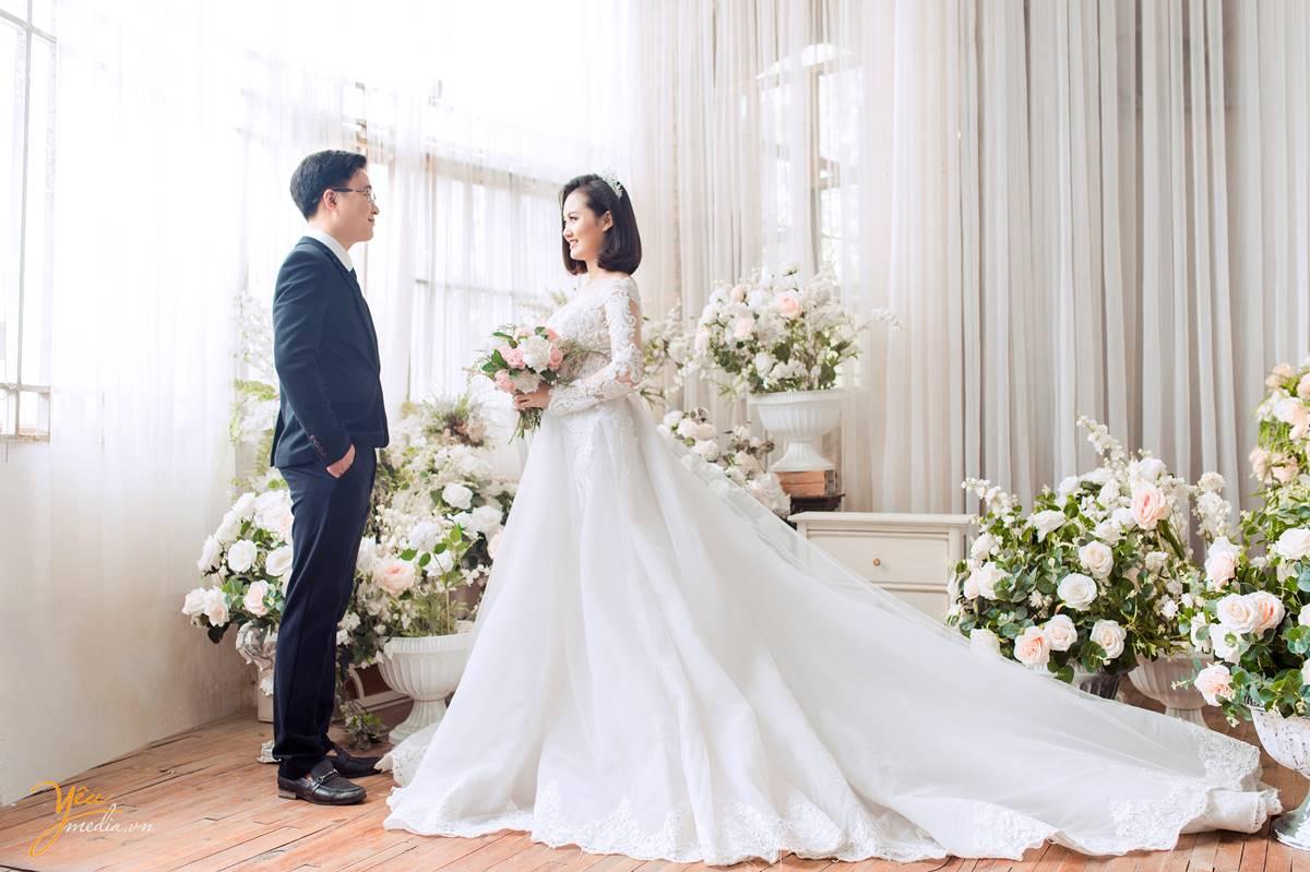chụp ảnh cưới tại phim trường Rosa