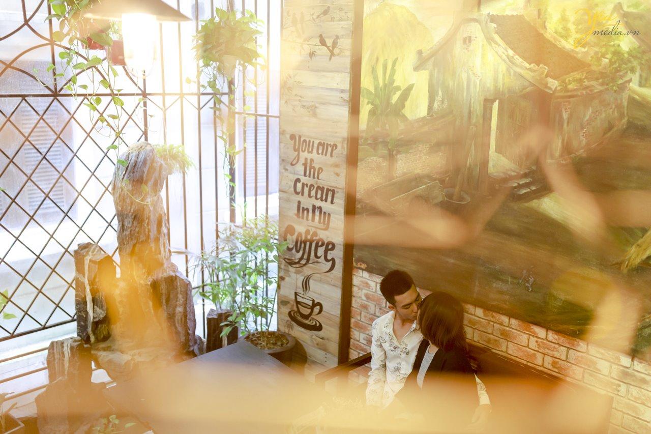 kinh nghiệm chụp ảnh cưới tại quán café