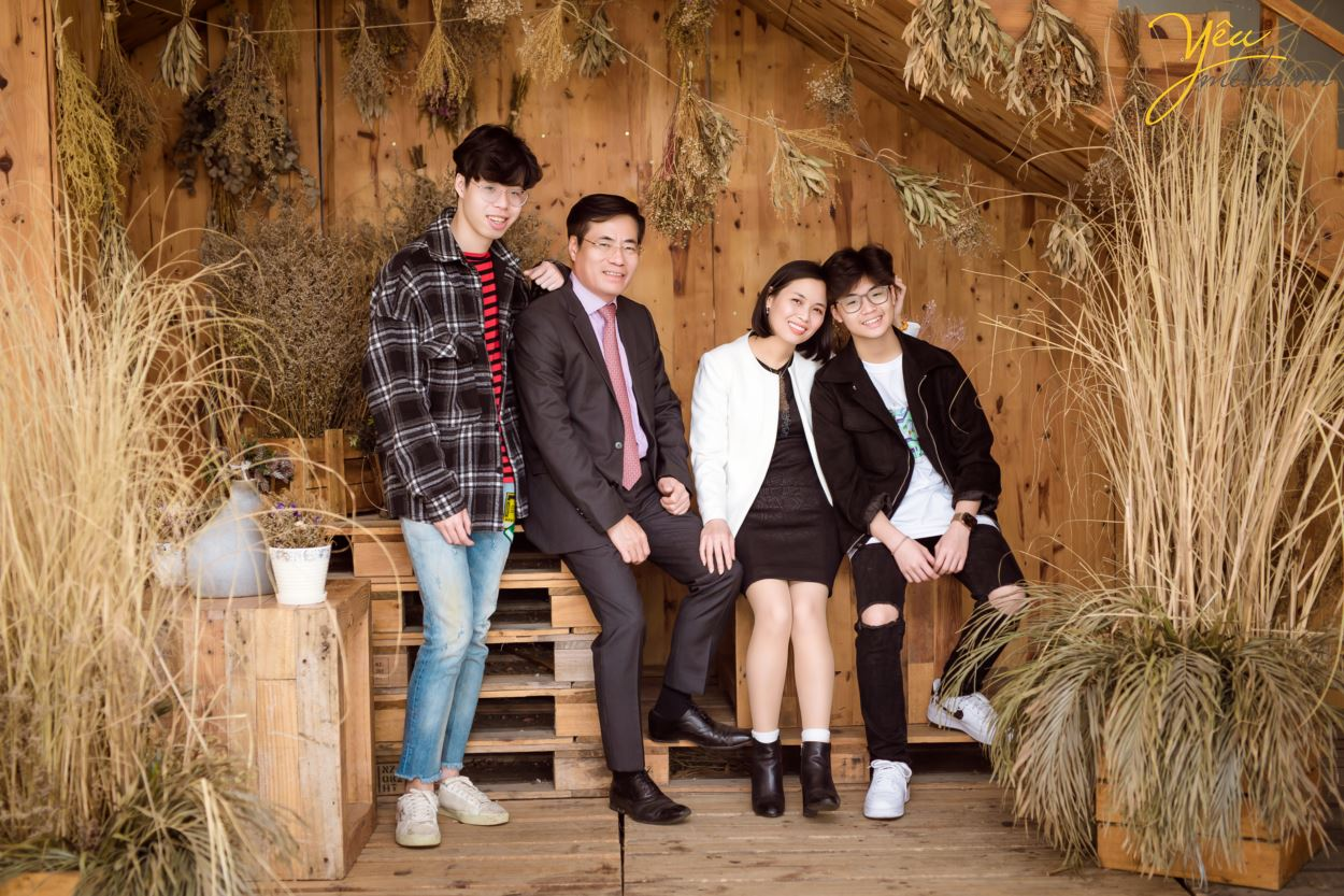Khi chụp ảnh gia đình dịp Tết nguyên đán tại Yêu Media Studio, quý khách hàng sẽ nhận được rất nhiều lợi ích như: