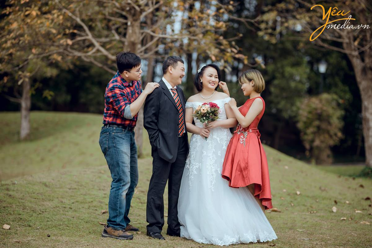 chụp ảnh gia đình tại Đại Lải