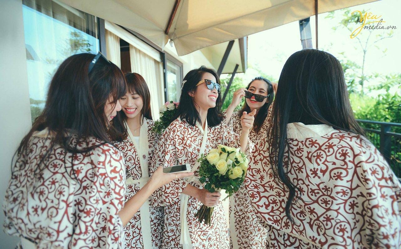 ảnh phóng sự cưới tổ chức ở biển