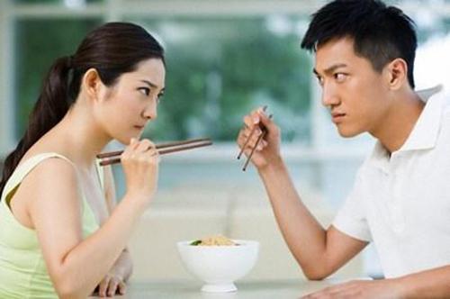 7 bí kíp giữ gìn hạnh phúc cho cặp vợ chồng son