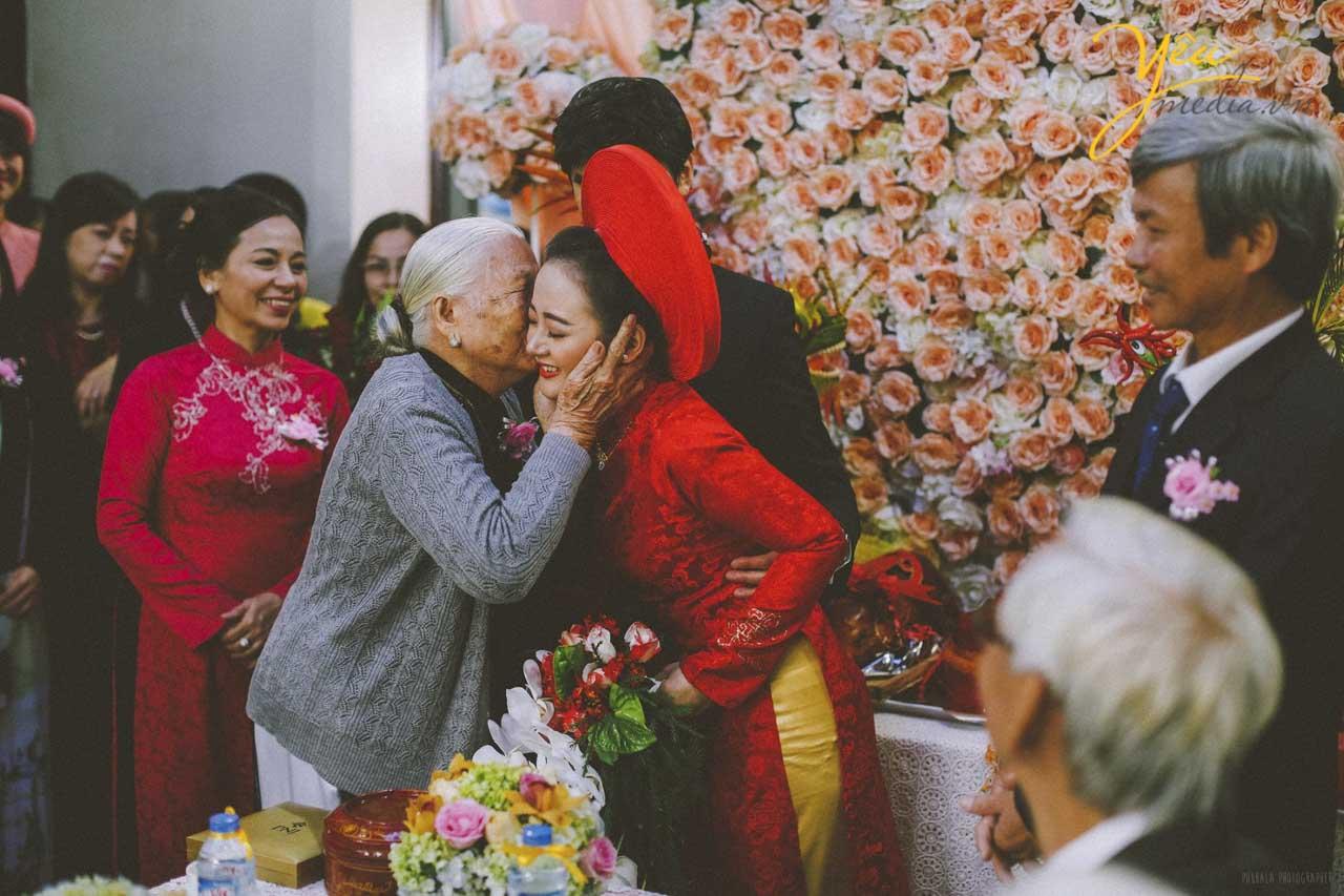 Chụp ảnh đám cưới truyền thống