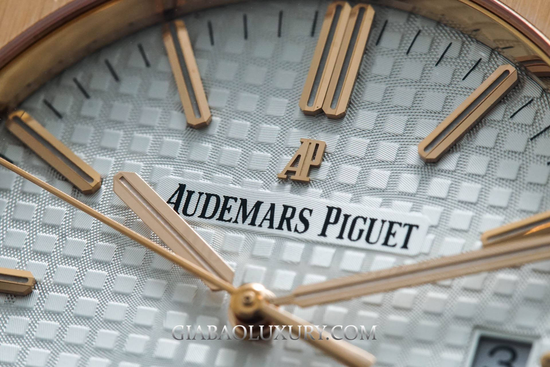 Review đồng hồ Audemars Piguet Royal Oak Selfwinding 41mm