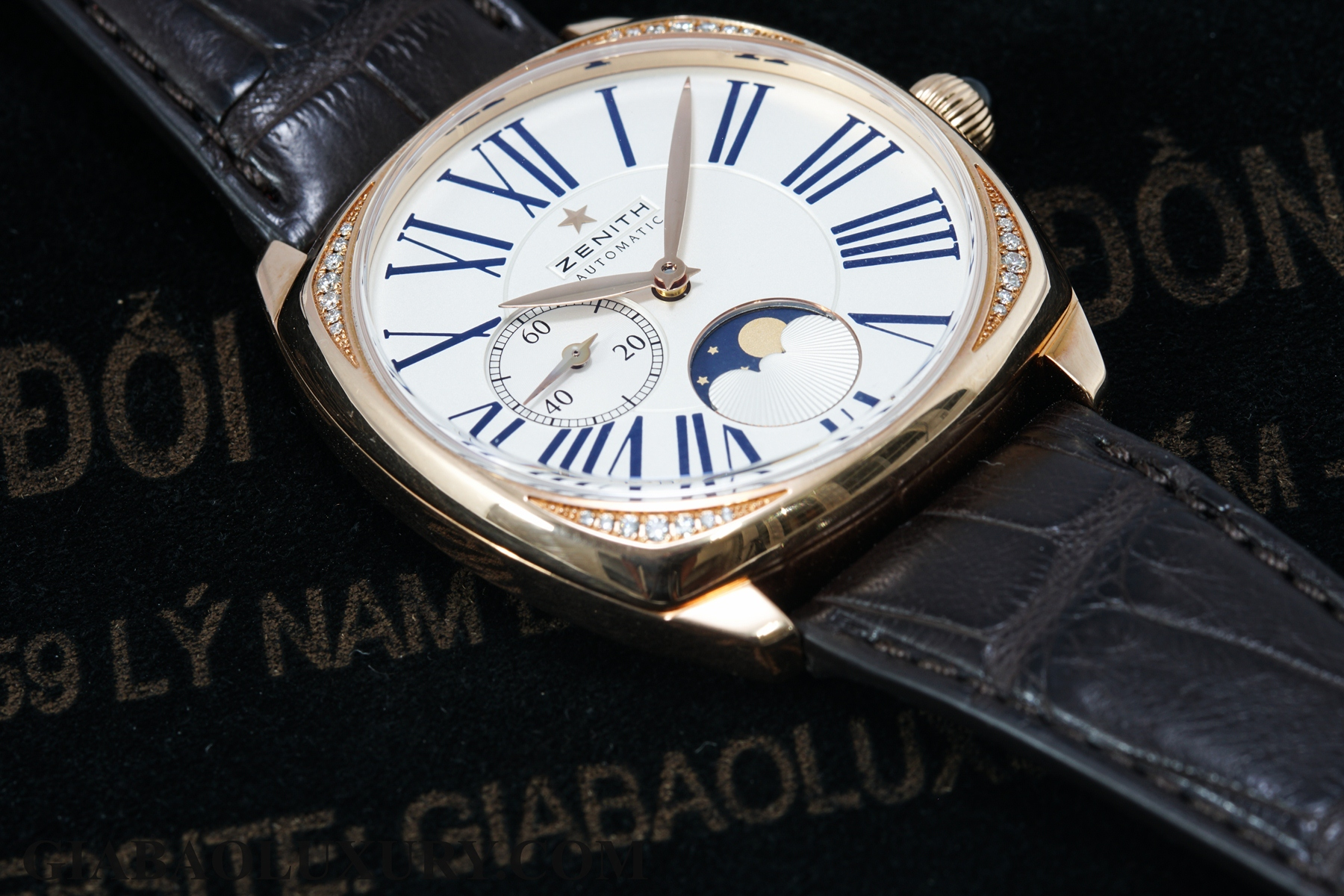 Review đồng hồ Zenith Heritage Star Moonphase