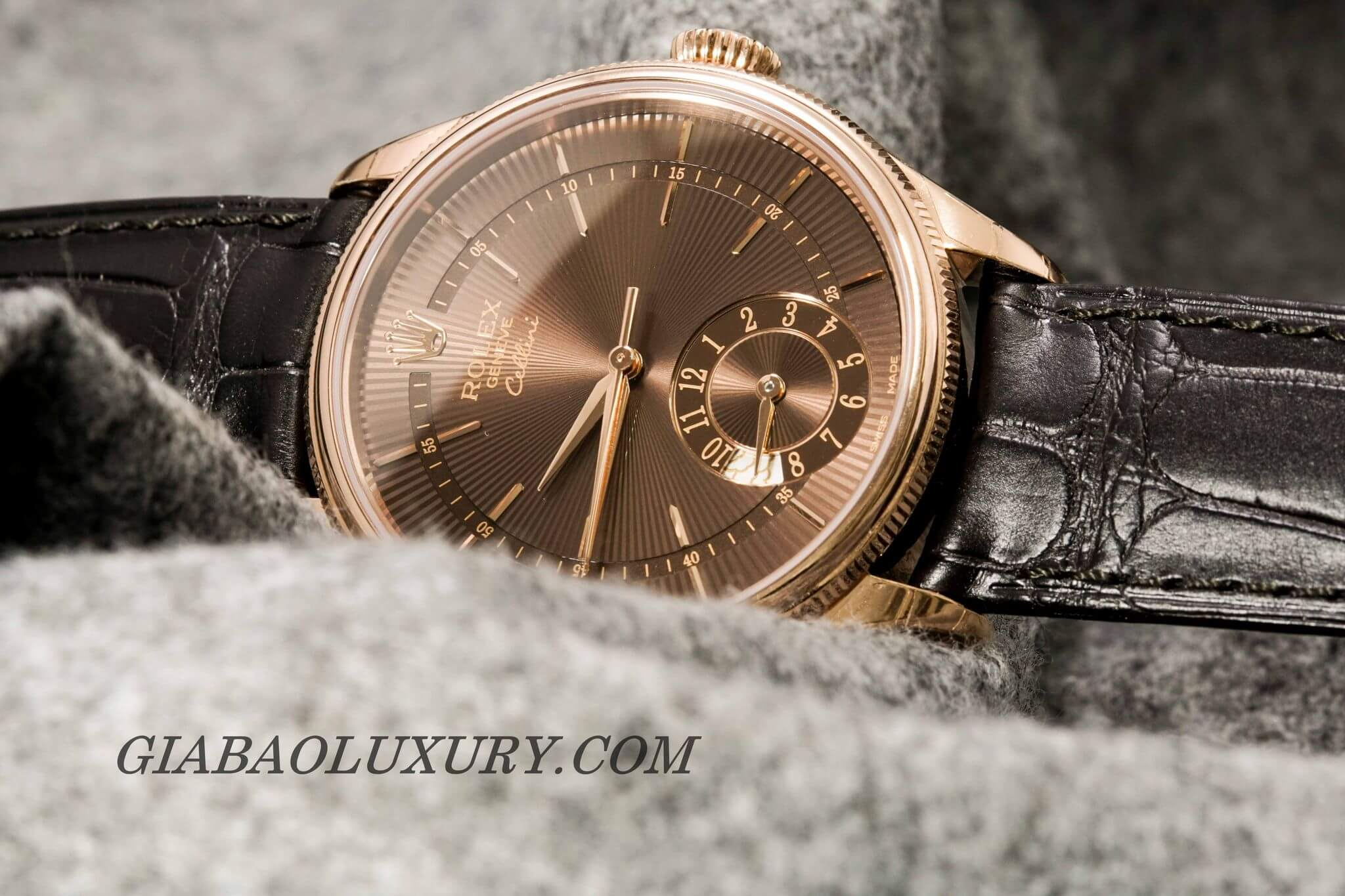 Review đồng hồ Rolex Cellini Dual Time 50525
