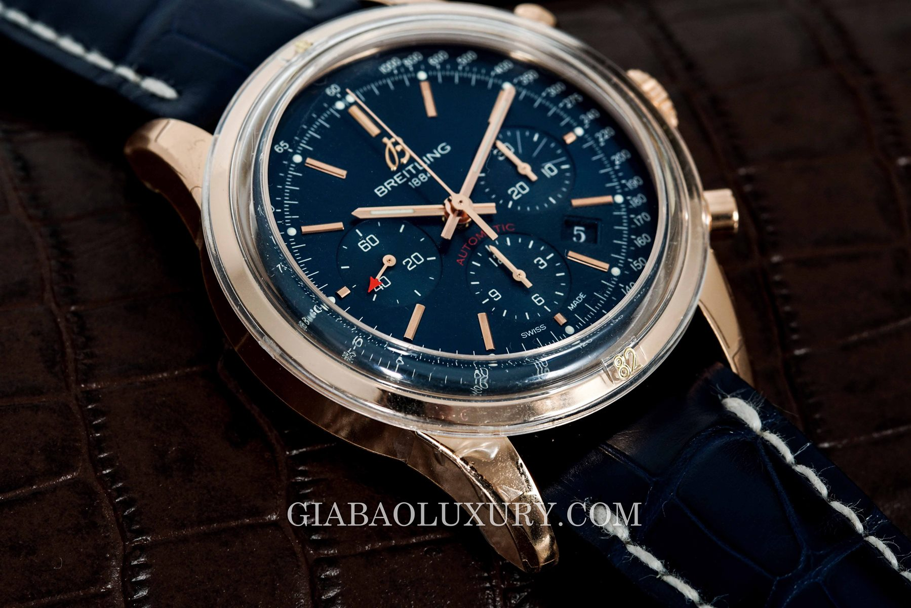 Review đồng hồ Breitling Transocean Chronograph