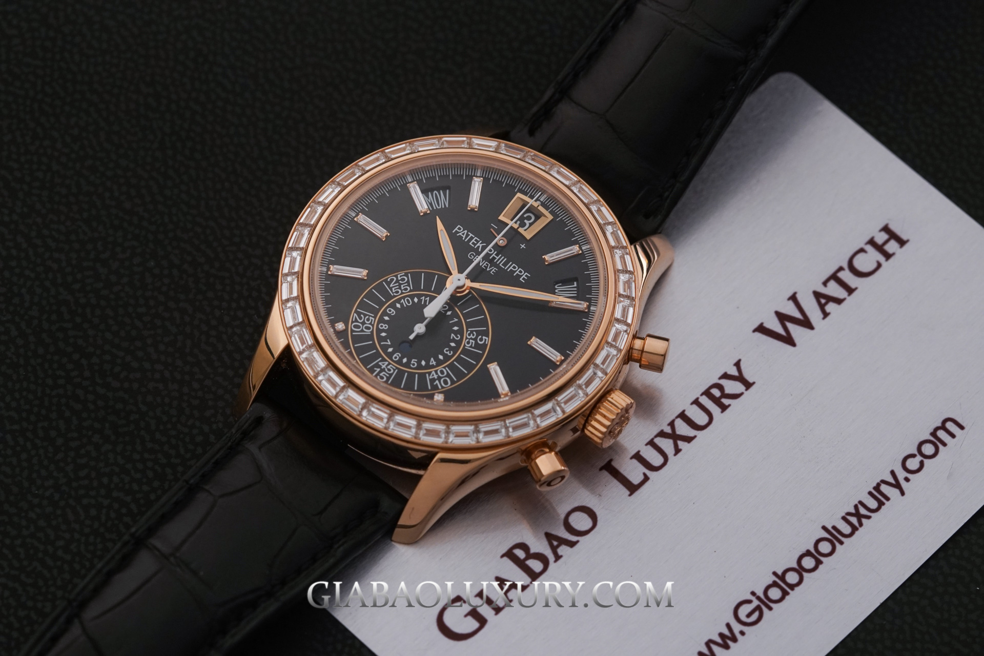 Review đồng hồ Patek Philippe Complications 5961R