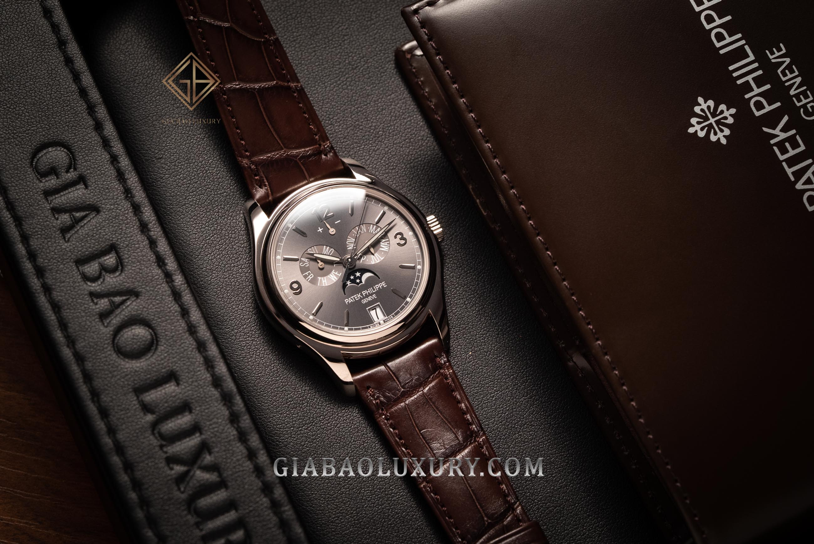 Review đồng hồ Patek Philippe Complication 5146G