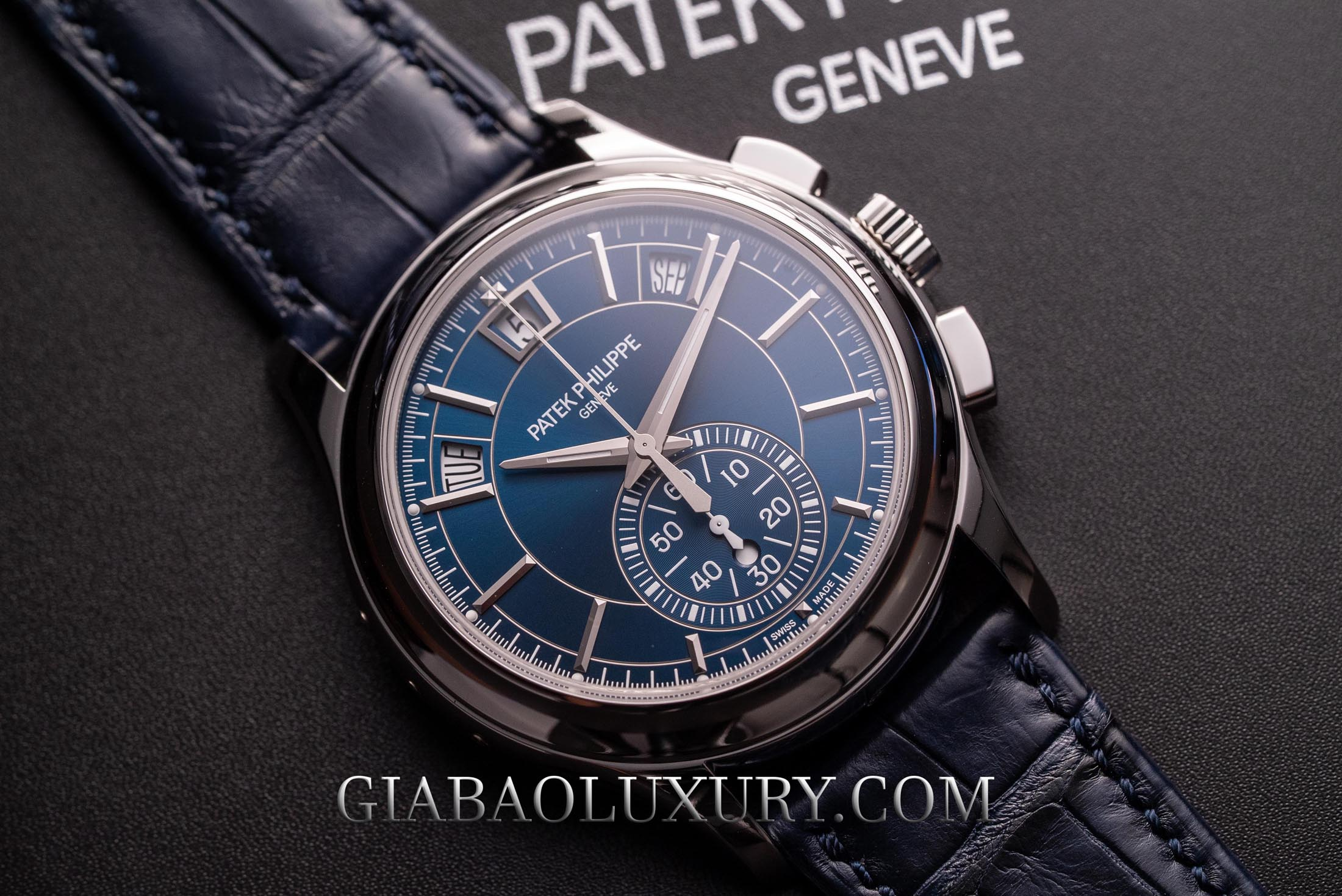 Review đồng hồ Patek Philippe Complications 5905P