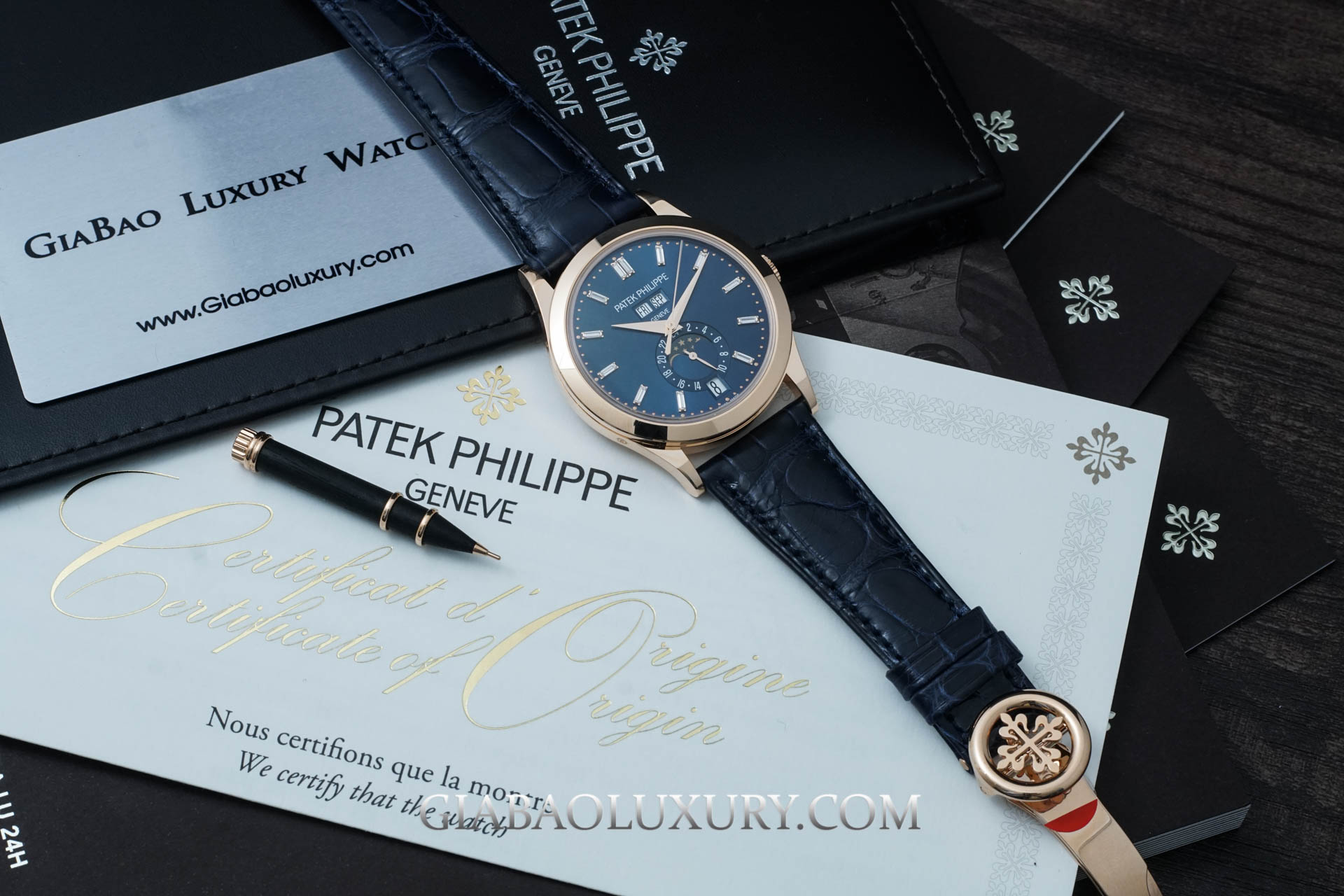 Review đồng hồ Patek Philippe Complications Annual Calendar 5396R-015