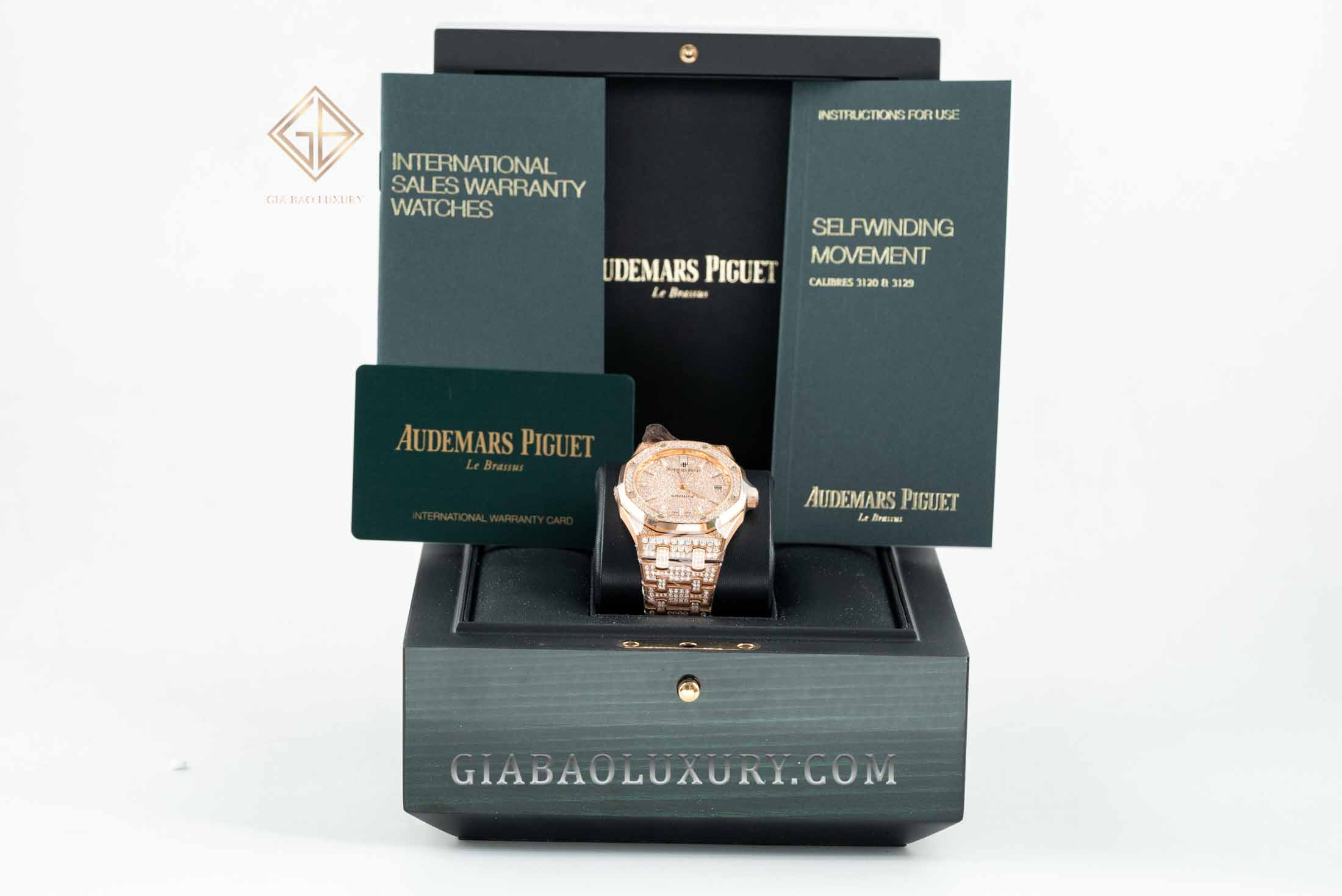 Đồng hồ Audemars Piguet Royal Oak 37 Selfwinding Diamonds 15452OR.ZZ.1258OR.02
