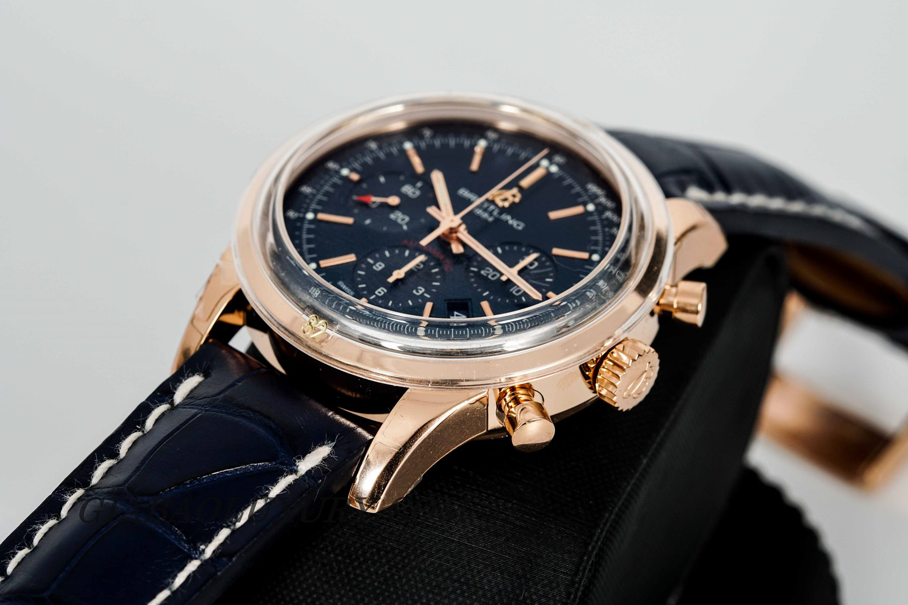 Đồng Hồ Breitling Transocean Chronograph RB015212/C940/731P