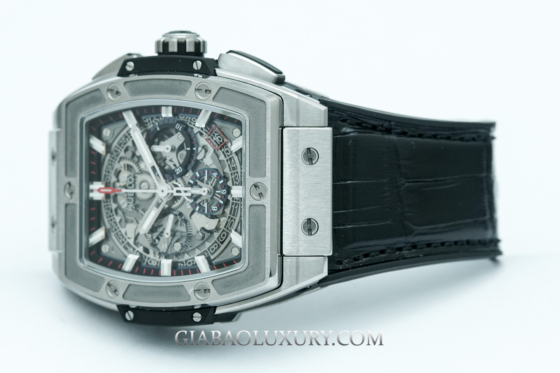 Đồng Hồ Hublot Spirit of Big Bang Titanium 42mm 641.NX.0173.LR