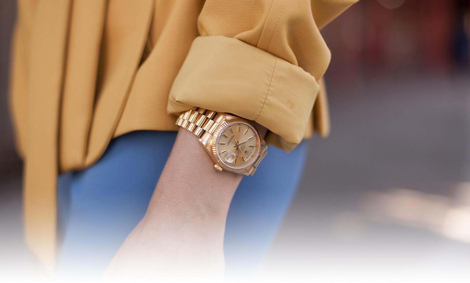 Đồng hồ vàng khối 18k chính hãng