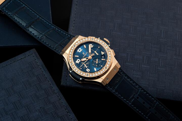 Hublot Big Bang Gold Blue Diamonds