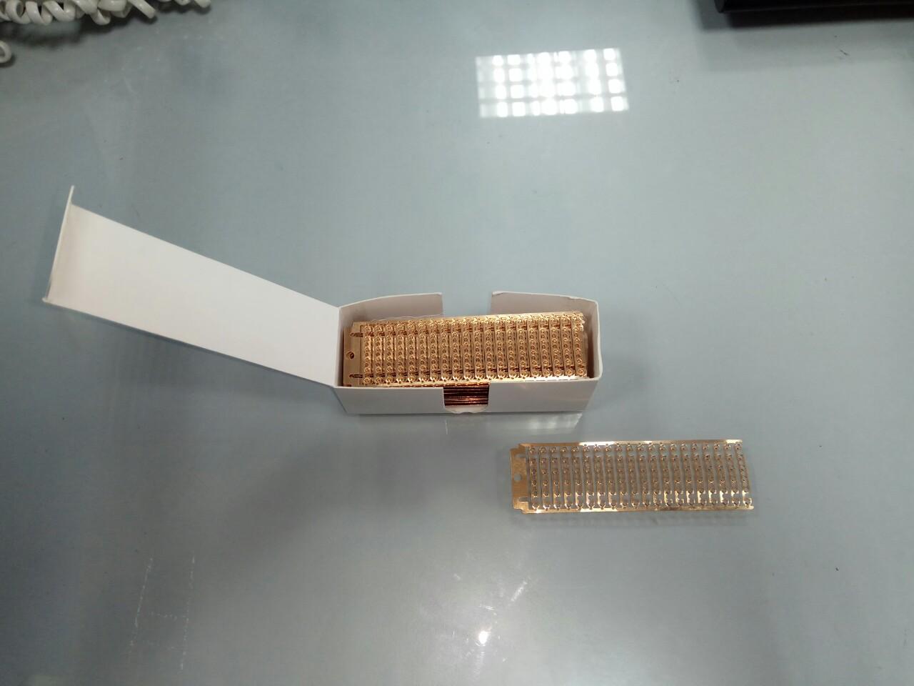 Miếng đồng nối liệu - fram clips