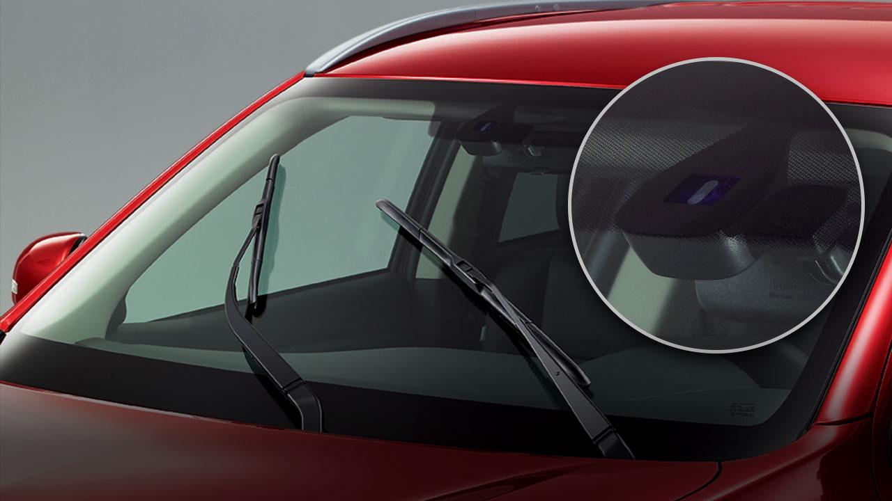 Cảm biến đèn pha và gạt mưa tự động xe Mitsubishi Outlander 2.0 STD 2018