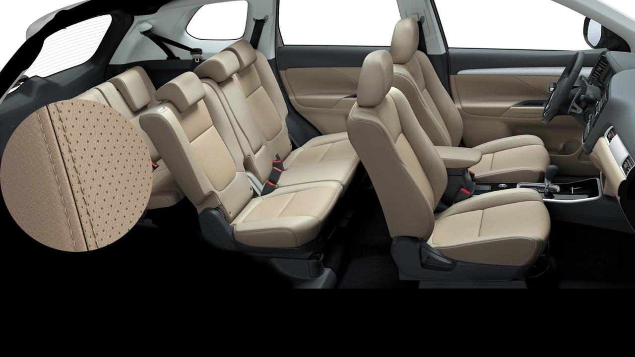 Nội thất 5+2 chỗ xe Mitsubishi Outlander 2.0 STD 2018