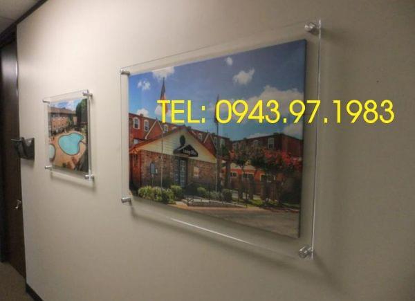 Khung mica treo tường-khung poster Kích thước 120x60 (cm)