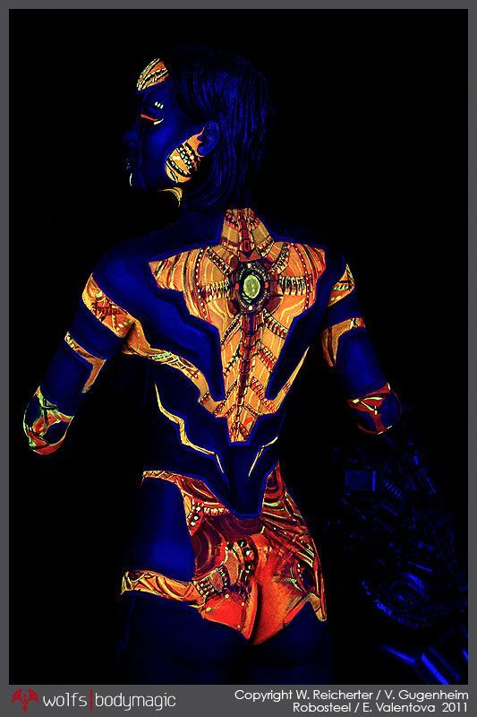 body painting dạ quang uv