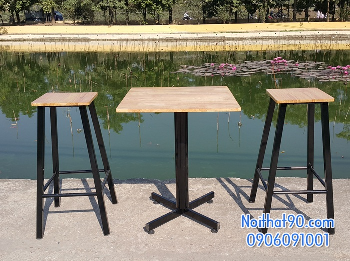 Bàn ghế bar 100105