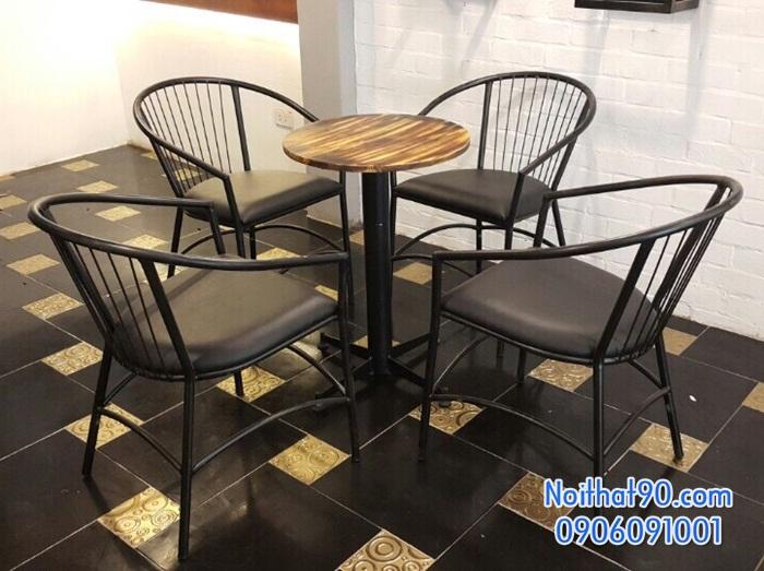 Bàn ghế chân sắt mặt gỗ 3533