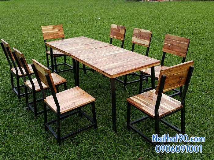 Bàn ghế chân sắt mặt gỗ 4751