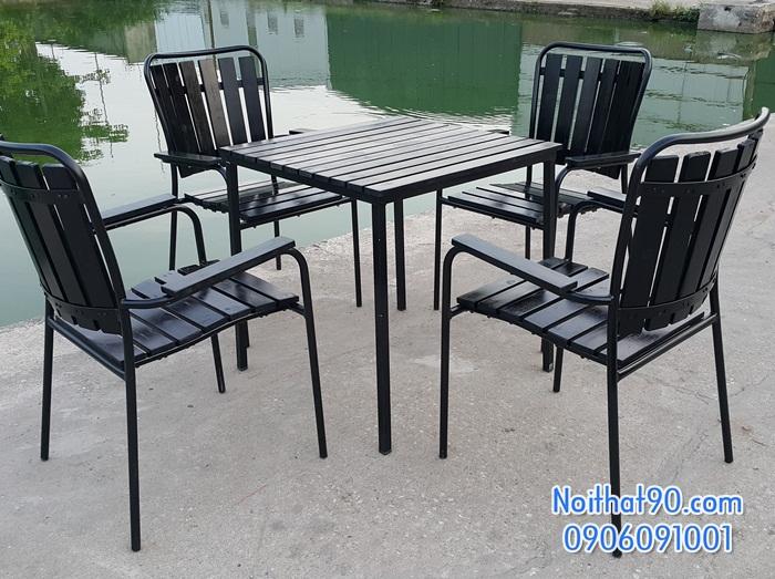 Bàn ghế chân sắt mặt gỗ 5300