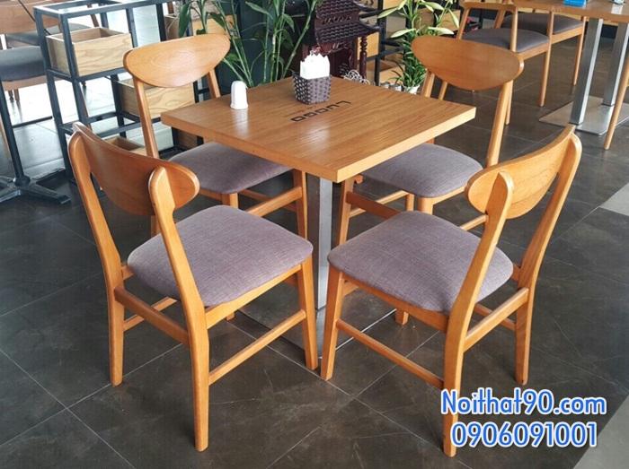 Bàn ghế gỗ 3515