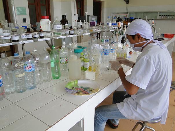Xét nghiệm phân tích mẫu nước