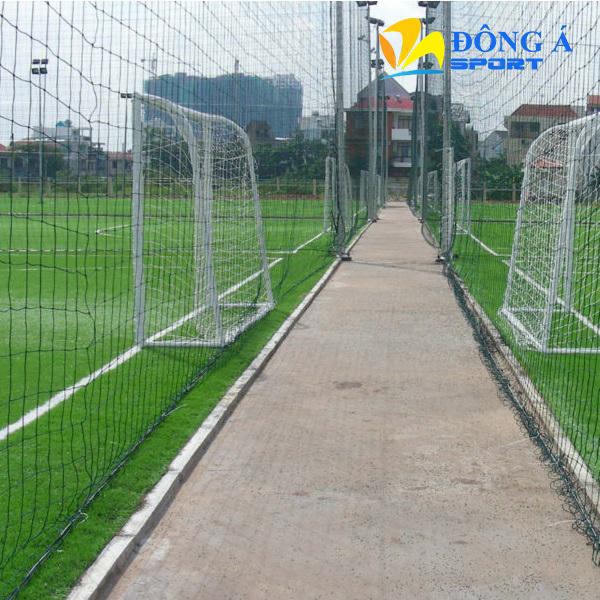 Lưới chắn sân bóng đá Đông Á