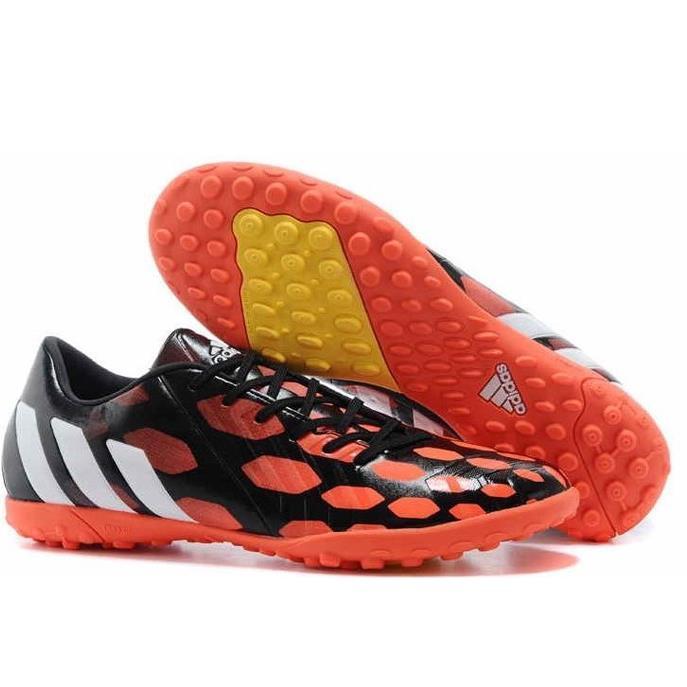 Giày đá bóng Adidas Predator cam đen