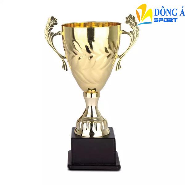 Cúp vàng vinh danh MDG0006