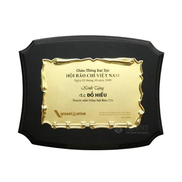 Kỷ niệm chương Luxury 68052733G