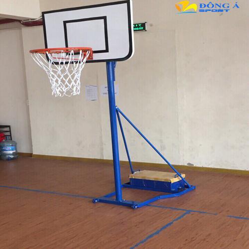 Trụ bóng rổ học sinh
