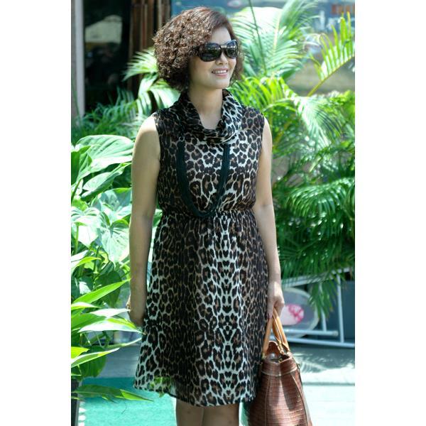 Đầm Voal Cổ Lọ Ko Tay DRCT0099-18