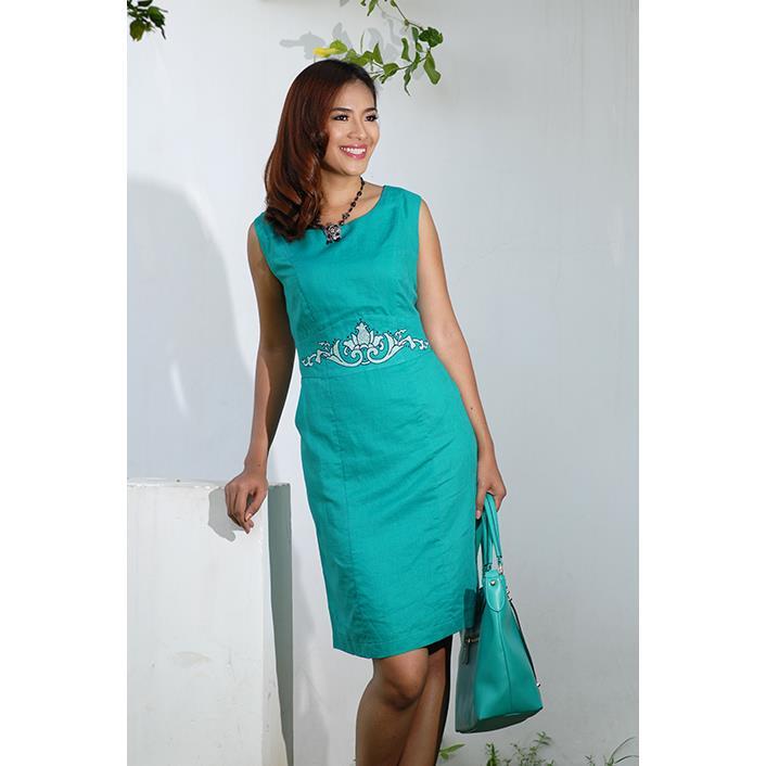 Đầm Linen 2 Túi Thêu Hoa Sen DRCT0122B-03