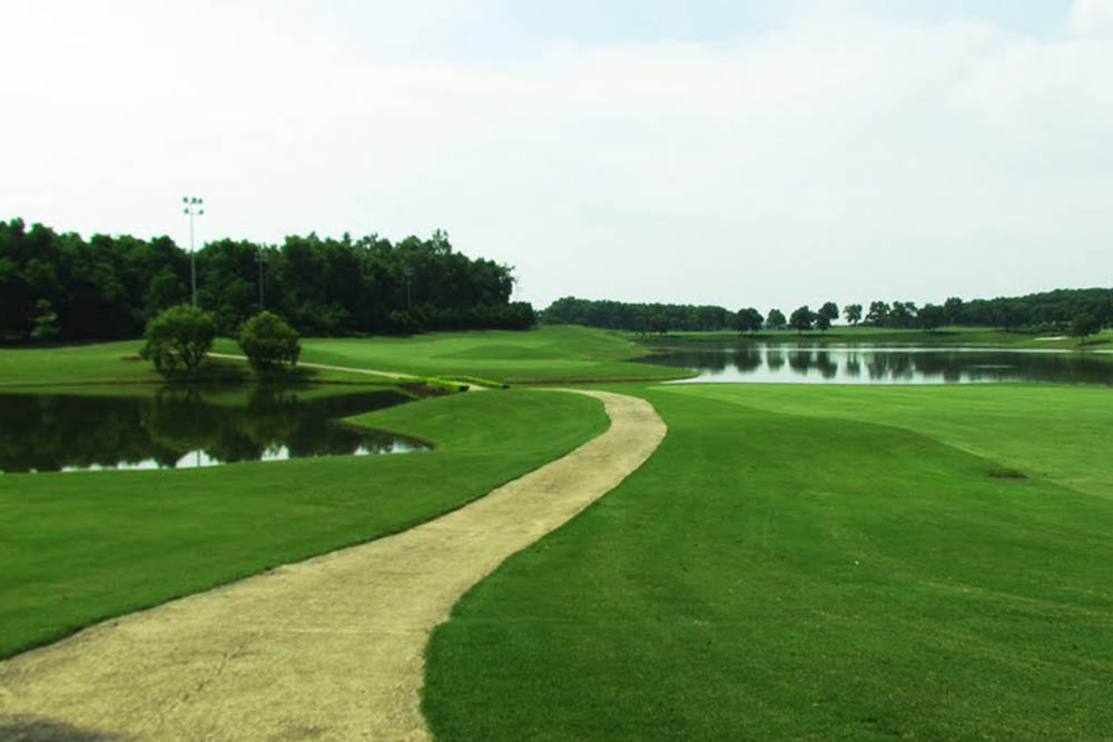 SÂN KINGS' ISLAND GOLF RESORT